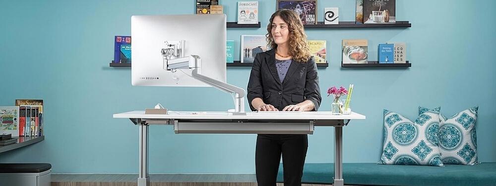 Высокие столы. Приживется ли новый офисный тренд?